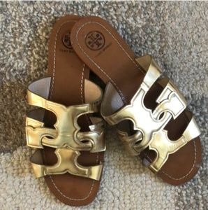 Tory Burch sz 7.5 gold slip on sandal
